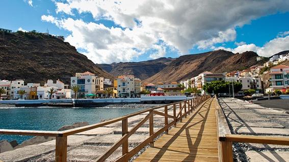 Avenida de Playa Santiago